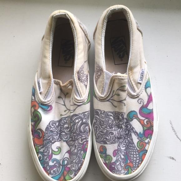4e05e475e013aa Vans off the walls customized shoes. M 5b0c20ad3800c585ab6875ac